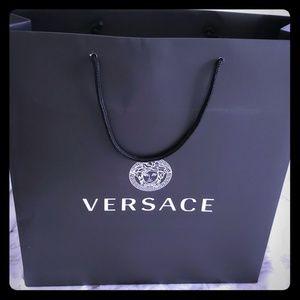Versace shopping bag 🛍